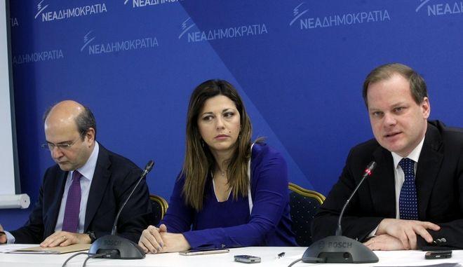 Συνεντευξη τυπου της Ν.Δ  (Κωστη  Χατζηδακη και Κων Καραμανλη  ) για τις αστικες συγκοινωνιες  Αθηνας Θεσσαλονικης  ΦΩΤΟ ΧΡΗΣΤΟΣ ΜΠΟΝΗΣ//EUROKINISSI