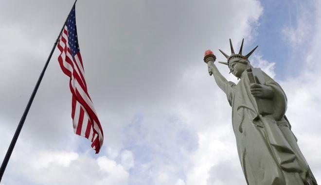 Αντίγραφου του Αγάλματος της Ελευθερίας στο Μπάφαλο της Νέας Υόρκης