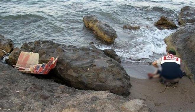 Η ιστορία του Αϊλάν Κούρντι επαναλαμβάνεται: Το πτώμα ενός 4χρονου κοριτσιού από τη Συρία ξεβράστηκε στα τουρκικά παράλια