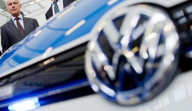 New York Times: Το FBI συνέλαβε ανώτατο στέλεχος της Volkswagen