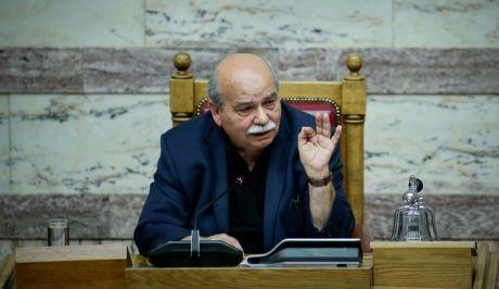 Ο Νίκος Βούτσης, στο προεδρείο της Βουλής