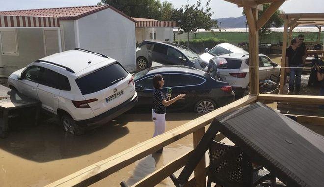Εικόνα από την Αλμερία μετά τις καταρρακτώδεις βροχές