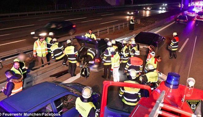 Ήρωας οδηγός θυσίασε το αυτοκίνητο του για να σώσει έναν άνδρα