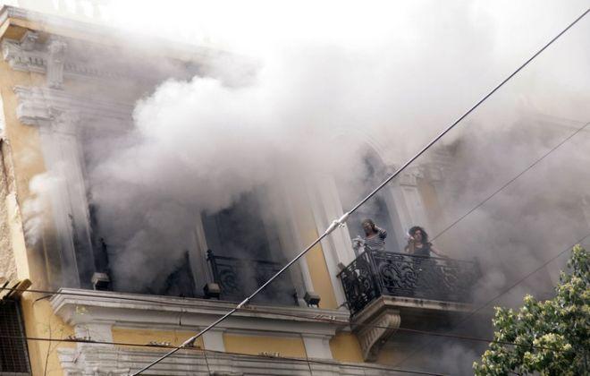 Τρεις υπάλληλοι της Μαρφίν χάνουν την ζωή τους στις 5 Μαίου 2010, από την φωτιά που προκάλεσαν στο κατάστημα της Σταδίου, οι οποίοι εξαφανίστηκαν στην συνέχεια ανάμεσα στους διαδηλωτές