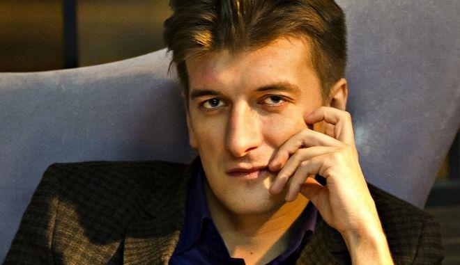 """Πέθανε ρώσος δημοσιογράφος έπειτα από """"μυστηριώδη"""" πτώση"""