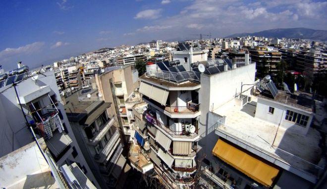 Πολυκατοικίες στην Αθήνα (EUROKINISSI/ΓΙΩΡΓΟΣ ΚΟΝΤΑΡΙΝΗΣ)