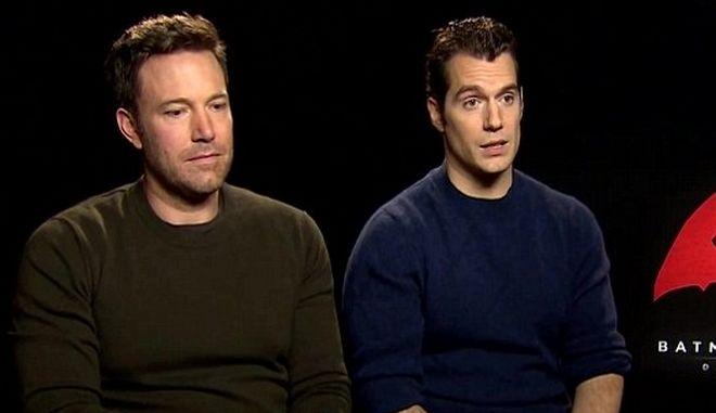 Βίντεο: Ο Ben Affleck είναι λυπημένος για τις κριτικές του Batman V Superman