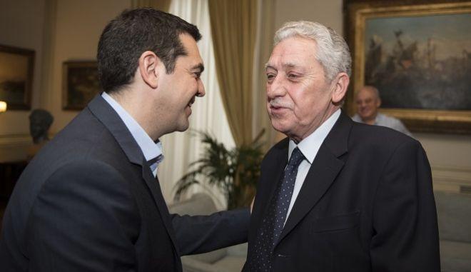 Συνάντηση του πρωθυπουργού Αλέξη Τσίπρα με τον πρόεδρο της ΔΗΜΑΡ την Παρασκευή 27 Μαρτίου 2015, στο Μέγαρο Μαξίμου.  (ΓΡ. ΤΥΠΟΥ ΠΡΩΘΥΠΟΥΡΓΟΥ/ANDREA BONETTI/EUROKINISSI)