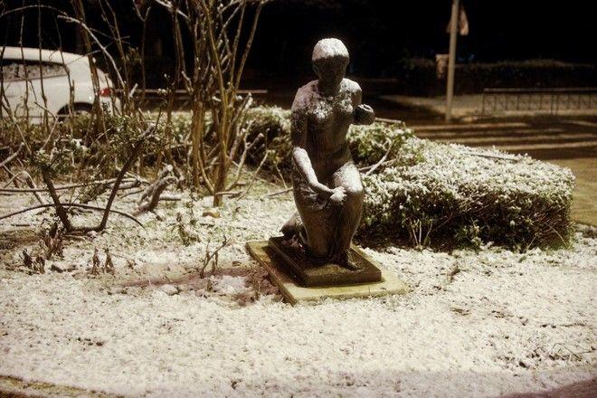 Χιόνια στο κέντρο της Αθήνας από την κακοκαιρία