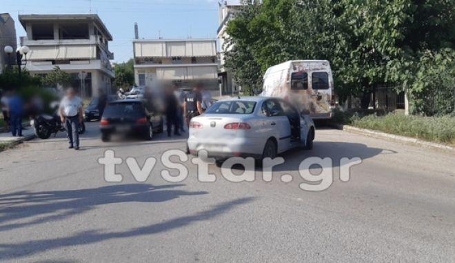 Λαμία: Συμπλοκή στα Καλύβια - Έπεφτε ξύλο για 15 λεπτά