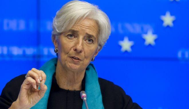 Στιγμιότυπο από την συνέντευξη τύπου για τα αποτελέσματα της συνεδρίασης του Eurogroup, την Τρίτη 27 Νοεμβρίου 2012.  Οι υπουργοί Οικονομικών της Eυρωζώνης ενέκριναν την καταβολή του ποσού των 43,7 δισεκατομμυρίων ευρώ. Μέχρι τις 13 Δεκεμβρίου θα γίνει η εκταμίευση της δόσης ύψους 34,4 δισ. ευρώ, ενώ άλλα 9,3 δισ. ευρώ θα δοθούν σε τρία τμήματα στο πρώτο τρίμηνο του 2013, υπό την προϋπόθεση ότι η Ελλάδα θα τηρήσει τις δεσμεύσεις της. Οι διεθνείς πιστωτές της Ελλάδας αναμένουν πλέον ότι το χρέος της χώρας θα φτάσει στο 175% του ΑΕΠ το 2016, θα μειωθεί στο 124% το 2020 και θα πέσει «σημαντικά» κάτω από το 110% το 2022. (EUROKINISSI/ΣΥΜΒΟΥΛΙΟ ΤΗΣ Ε.Ε.)