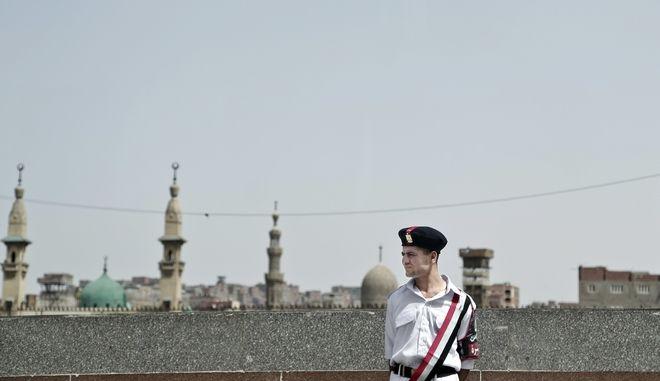 Αστυνομικός στο Κάιρο της Αιγύπτου