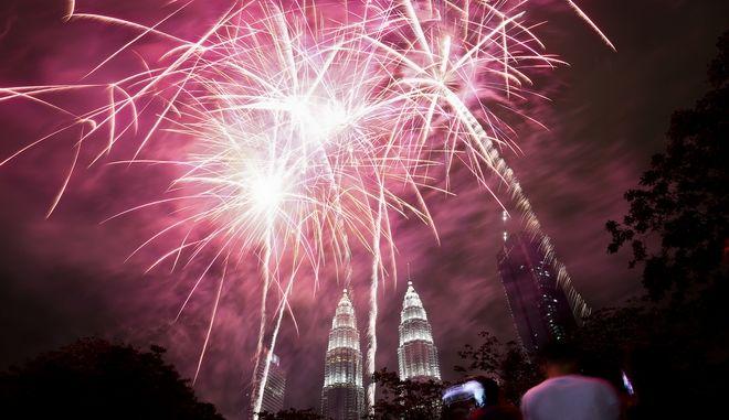 Υποδοχή του νέου έτους στη Κουάλα Λουμπούρ της Μαλαισίας
