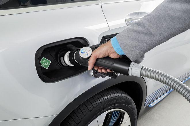 Μπορείς να ελέγχεις ανά πάσα στιγμή την κατανάλωση και να ρυθμίζεις τον τρόπου που οδηγείς για εξοικονόμηση ενέργειας και υδρογόνου