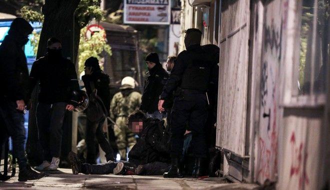 Ανακατάληψη του κτηρίου στον αριθμό 45 της οδού Ματρόζου, στο Κουκάκι, από αντιεξουσιαστές