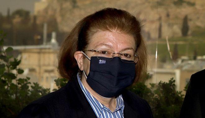 Η υπουργός Πολιτισμού Λίνα Μενδώνη