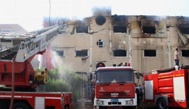 Τραγωδία στην Αίγυπτο: Τουλάχιστον 25 νεκροί και 22 τραυματίες από πυρκαγιά σε εργοστάσιο επίπλων