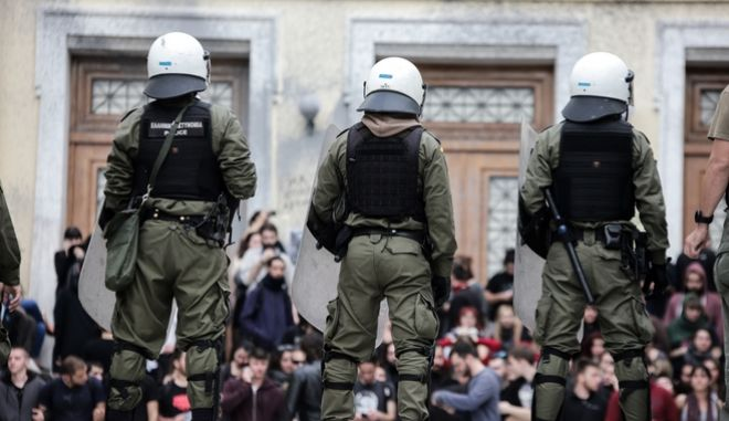 Απο την εισβολή της αστυνομίας στην ΑΣΟΕΕ.