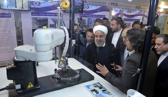Η πυρηνική συμφωνία του Ιράν δεν είναι επ' ουδενί διαπραγματεύσιμη, ξεκαθάρισε ο Ροχανί στον Μακρόν