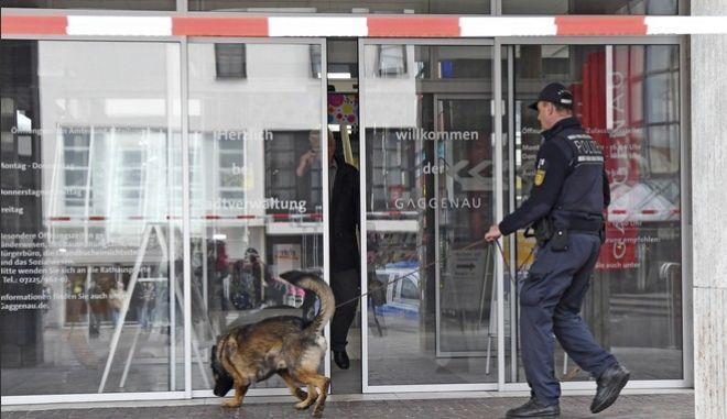 Συναγερμός στη Γερμανία: Απειλή για βόμβα - Εκκενώνονται δημαρχεία σε διάφορες πόλεις