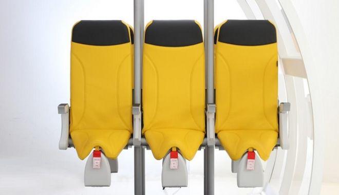 Η νέα πρόταση για θέσεις ορθίων στα αεροπλάνα