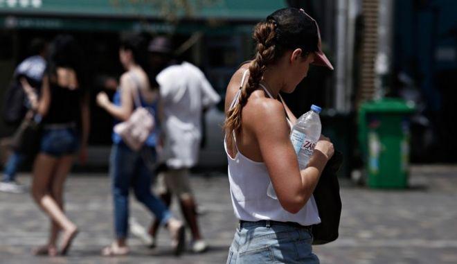 Καιρός: Ζέστη και ενισχυμένα μποφόρ την Πέμπτη