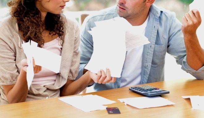 Αλλάζει ο νόμος για το φορολογικό διαζύγιο: Έρχονται ξεχωριστές δηλώσεις για τους συζύγους