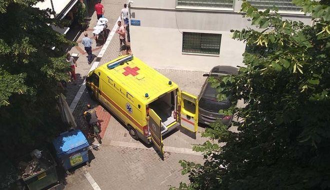 Χάος στο κέντρο της Λάρισας: Ασθενοφόρο δε μπορούσε να προσεγγίσει περιστατικό