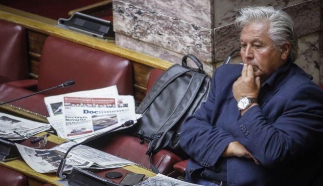 Ο Θανάσης Παπαχριστόπουλος στη Βουλή