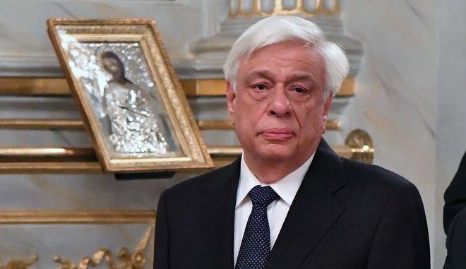 Ο Προκόπης Παυλόπουλος  στον Ιερό Μητροπολιτικό Ναό Υπαπαντής του Σωτήρος στην Καλαμάτα