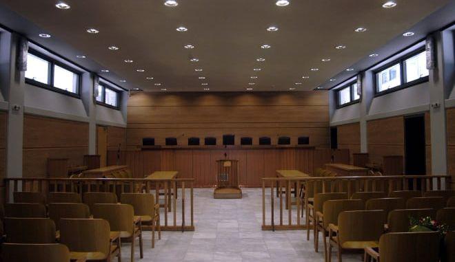 Ελληνικό #metoo: Πότε επεμβαίνει αυτεπάγγελτα η Δικαιοσύνη να ερευνήσει και πότε κατ' έγκληση;