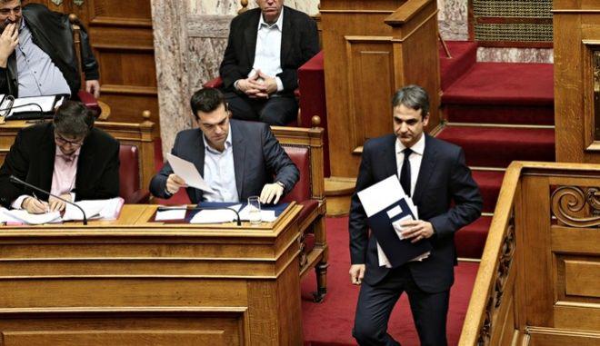 ΝΔ εναντίον ΣΥΡΙΖΑ: η ανατροπή των ρόλων