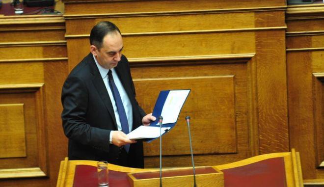 Ο πρόεδρος της Νέας Δημοκρατίας Γιάννης Πλακιωτάκης κατα την ομιλία του στην συζήτηση για τον Προϋπολογισμό του 2016 στην Βουλή το Σάββατο 5 Δεκεμβρίου 2016. (EUROKINISSI/ΑΝΤΩΝΗΣ ΝΙΚΟΛΟΠΟΥΛΟΣ)