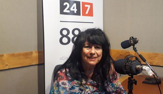 Η Άννα Βαγενά στο στούντιο του News 24/7 στους 88,6