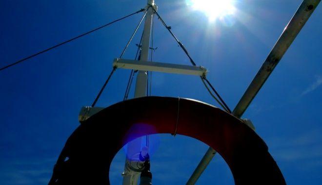 Στιγμιότυπα από την μικρή μαρίνα  ελλιμενισμού επαγγελματικών αλιευτικών σκαφών,Μ.Τρίτη 26 Απριλίου 2016 (EUROKINISSI/ΤΑΤΙΑΝΑ ΜΠΟΛΑΡΗ)