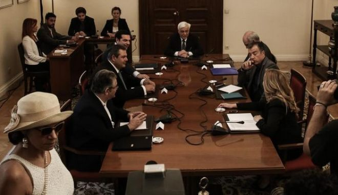 Meeting of the council of the political leaders, at the Presidential Mansion, in Athens, on July 6, 2015 /    ,   , ,  6 , 2015