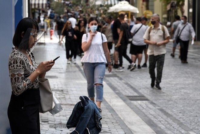 Επεκτείνεται επιθετικά η επιδημία κορονοϊού και εκτός Αττικής