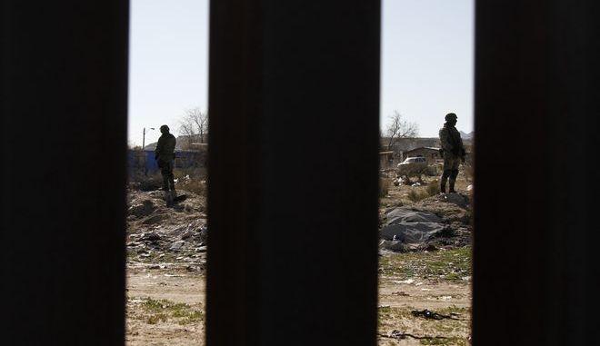 Φωτογραφία από τη συνοριακή γραμμή ΗΠΑ-Μεξικού