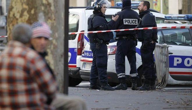 Στοιχεία για τον άνδρα που επιτέθηκε στο Παρίσι την περασμένη Πέμπτη δίνουν οι γερμανικές Αρχές