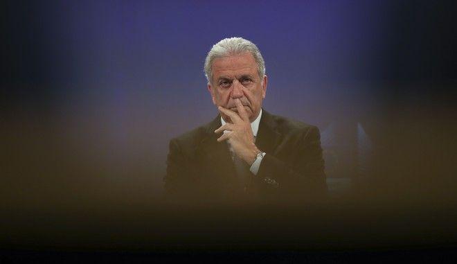 Ο επίτροπος για τη Μετανάστευση, Δημήτρης Αβραμόπουλος σε συνέντευξη Τύπου στις Βρυξέλλες