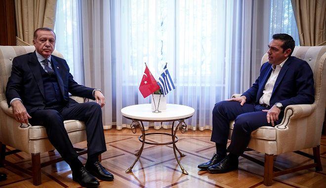Φωτό αρχείου Ο Πρωθυπουργός, Αλέξης Τσίπρας, συνομιλεί με τον Πρόεδρο της Δημοκρατίας της Τουρκίας Ρετζέπ Ταγίπ Ερντογάν