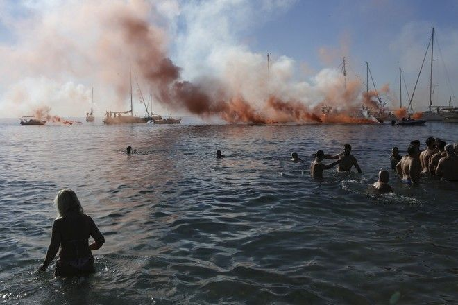 Ceremony for the blessing of the waters during the celebration of the Epiphany Day in Palaio Faliro, Athens, on January 6, 2018 /       ,  6 , 2018