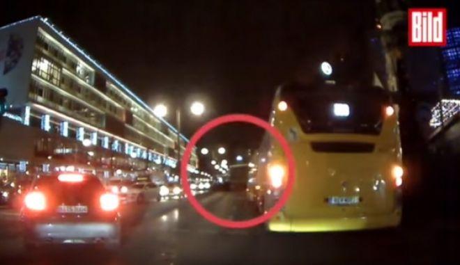 Βερολίνο: Η στιγμή της επίθεσης σε ένα dashcam βίντεο ντοκουμέντο