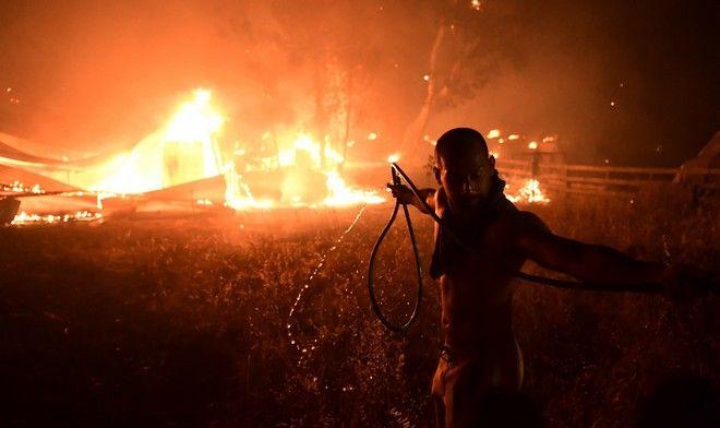 Η αγωνιώδης προσπάθεια ενός εθελοντή πυροσβέστη