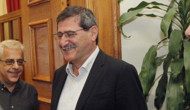 Ο δήμαρχος Πατρέων, Κώστας Πελετίδης