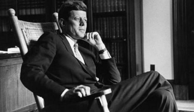 """Η """"κληρονομιά"""" του JFK: Από τη Μέριλιν στη Σελήνη"""