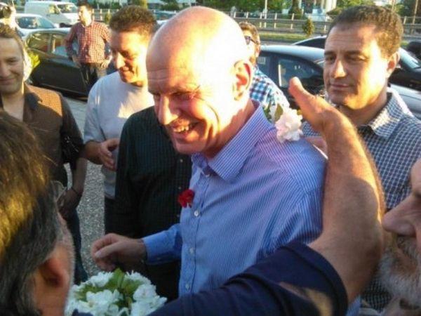 Έραναν τον Γιώργο οι ψηφοφόροι άνθη