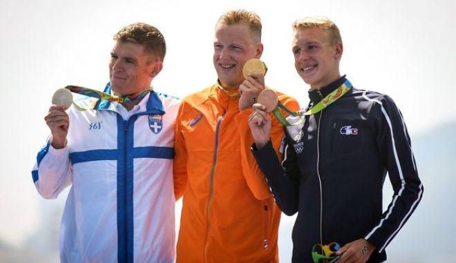 Σπύρος Γιαννιώτης: Συγχαρητήρια της πολιτικής ηγεσίας στον ασημένιο ολυμπιονίκη