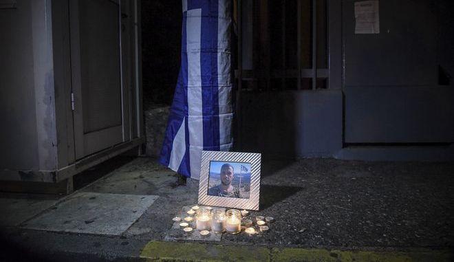 Συγκέντρωση διαμαρτυρίας στην αλβανική πρεσβεία στην Αθήνα για τον Κωνσταντίνο Κατσίφα