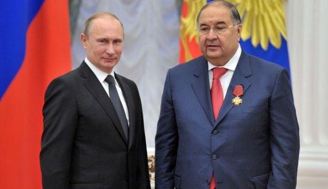 Ο Ουσμάνοφ με τον Πούτιν